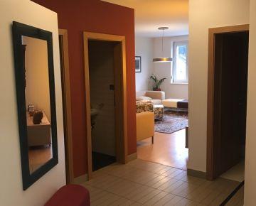 Slnečný 2-izbový byt v Slávičom údolí