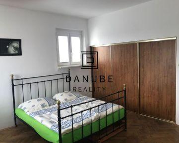 Prenájom 1-izbový byt v Bratislave-Starom meste, nám.SNP