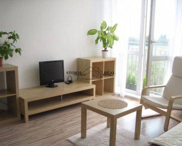 KOMPLETNE ZARIADENÝ 2 izb. BYT, s NEPRIECHODNÝMI izbami, Závodná, BAII
