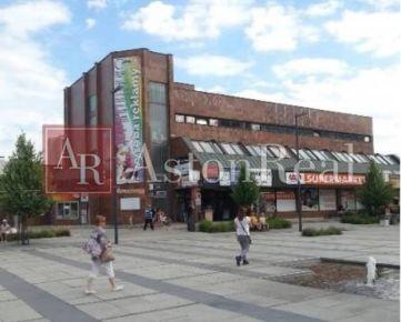 PRENÁJOM: Obchodný priestor v Obchodnom Centre Fix v Dubnici N/V