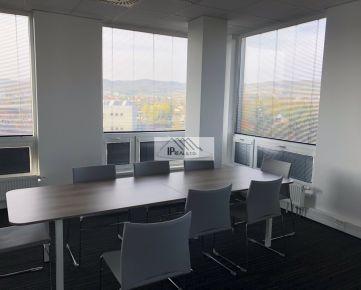 PRENÁJOM priestorov na kancelárie, ateliér, ... + možnosť ubytovania