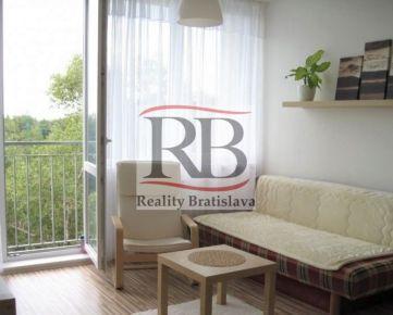 Na predaj 2 izbový byt na Závodnej ulici v Podunajských Biskupiciach