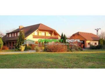 GARANT REAL - predaj rodinný dom / vila, pozemok 3925 m2, Novosad, okr. Trebišov