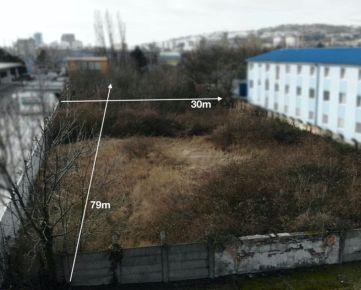 NA predaj pozemok pre komerčné využitie - ulica Odbojárska