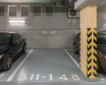 Vyhradené parkovacie miesto v podzemnej garáži, URBAN RESIDENCE