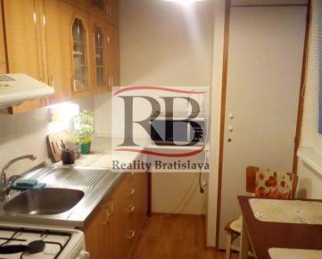 Na predaj 1 izbový byt na ulici Kpt.Rašu v Dúbravke