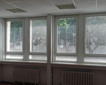 Prenájom 2 - kancelárie 29,6 m2 pri POLUS-e na Pluhovej ul.
