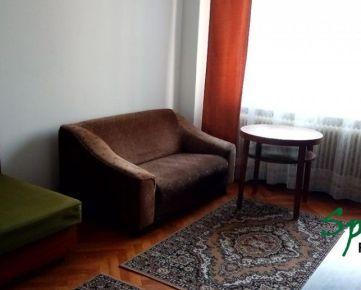 Ponúkame Vám na prenájom VEĽKÝ 1i byt v Starom Meste