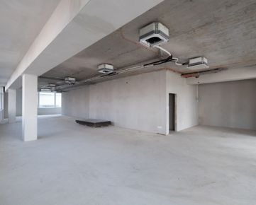 OBCHODNÝ/KANCELÁRSKY PRIESTOR 271,06 m2 NA PRENÁJOM V NOVOSTAVBE MENDELSOHN KAZANSKÁ ULICA