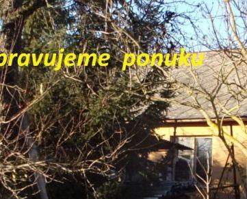 Na predaj rodinný dom, pôvodný stav, pozemok 1500 m2, Levice časť Čankov