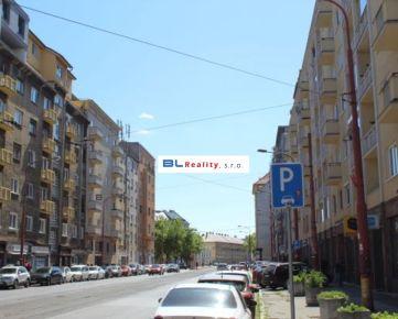 CENTRUM – pôvodný stav - tehla: 2 iz., 60 m2, Krížna ul., Staré Mesto, Ba I, 175 000.-€ - www.BLREALITY.COM