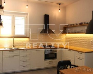 Prenájom 3 - izbového bytu v Banskej Bystrici na Skuteckého ulici, 100m2. CENA: 600,00 EUR/mesiac