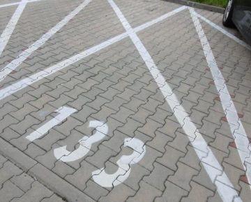 Prenájom parkovacieho miesta - Banská Bystrica,Nová Radvaň