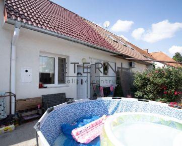 Predaj útulného domčeku s menším pozemkom pri centre mesta Senec