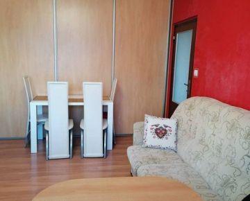 REZERVOVANÝ Exkluzívne 2-izbový byt v Komárne, ul. gen. Klapku