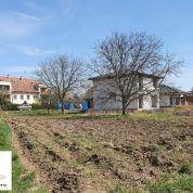 Pozemok pre rodinné domy 1219m2