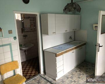 VIVAREAL* VÝBORNÁ CENA!! POZEMOK AŹ 2000m2, RD 3 izby + kuchyňa, čist. podpivničený, obec Naháč