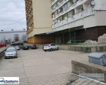 Devínska Nová Ves - Samostatný nebytový priestor 380 m2 s nakladacou rampou na predaj