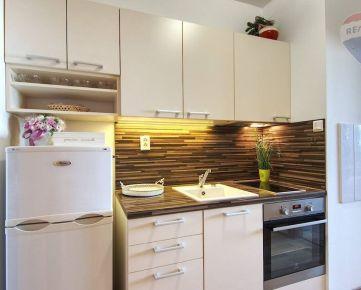 Predaj 1 izbový byt Bratislava-Petržalka
