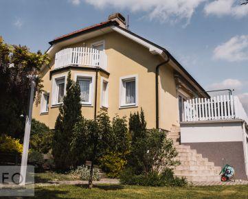 NEO- na predaj rodinný dom s veľkým pozemkom v atraktívnej lokalite