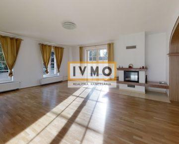 Prenájom 6 izb. RD 320m2, garáž, záhrada 690m2, Bratislavská ul., Záhorská Bystrica, výborná dostupnosť do centra, k VW a  BISv Dúbravke,  aj ako HOME OFFICE, 3D virtuálna prezentácia.