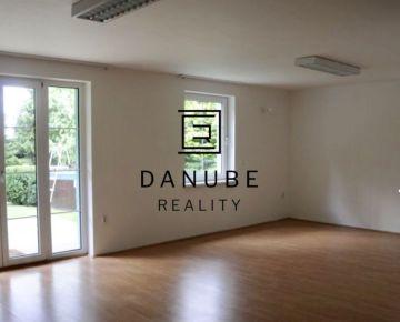 Prenájom 6-izbový rodinný dom na Kramároch v Bratislave.