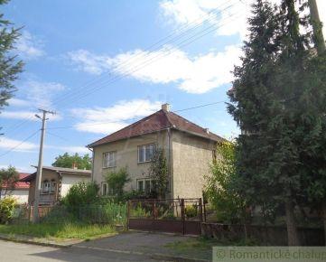 Dom s veľkou záhradou na okraji dediny Ľuboreč