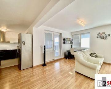 Prenajmeme 3 izbový byt s terasou a garážou, Žilina - Hájik, LEN V R2 SK.