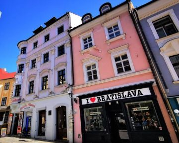 PRENÁJOM kancelárií v polyfunkčnej budove s administratívnými a obchodnými priestormi v srdci centra na Michalskej ul. , Bratislava - Staré mesto