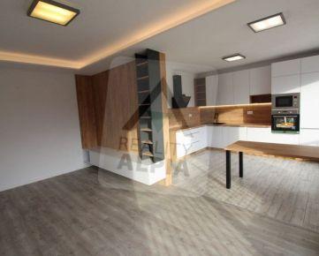 Novopostavený 3.izbový apartmán s vlastnou garážou, Bešeňová