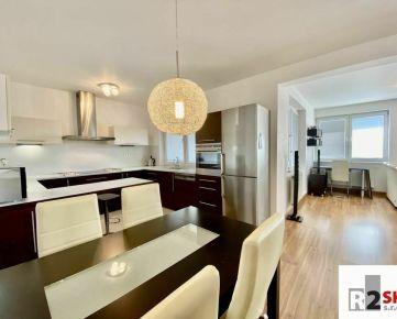 Predáme 3 izbový byt s terasou a garážou, Žilina - Hájik, R2 SK.