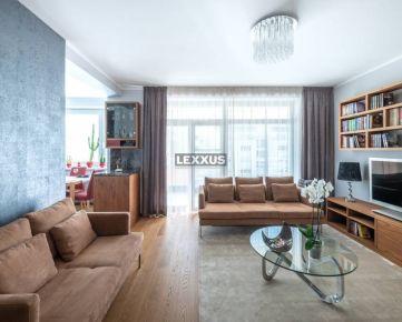 LEXXUS-PREDAJ 3 izb. byt v exkluzívnom prevedení + parking + piv. kobka