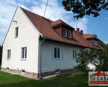 Sereď- 6 izb.RD na okraji mesta Sereď na 7,66á pozemku aj s garážou na predaj