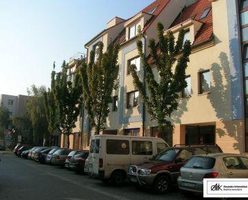 AARK: 3-izbový byt, Vajanského, Trnava - novostavba, centrum