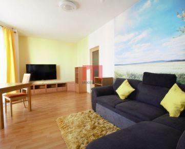 Na prenájom svetlý 2 izbový byt na začiatku Petržalky