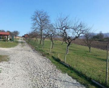 Rezervované - Predaj stavebný pozemok košice-okolie-nižná kamenica-18 km od Košíc