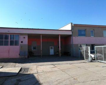 FOX - skladový priestor * Areál TAZ * budovy s kanceláriami