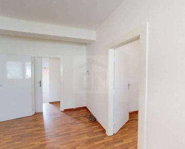 Direct Real - Rodiný dom na bývanie aj kancelárie s vlastnou záhradkou neďaleko OC Polus