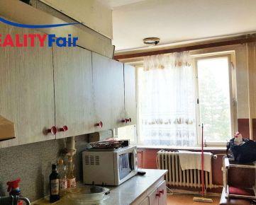 REZERVOVANÝ-Veľký 4i byt s garážou v krásnej lokalite na Internátnej v BB