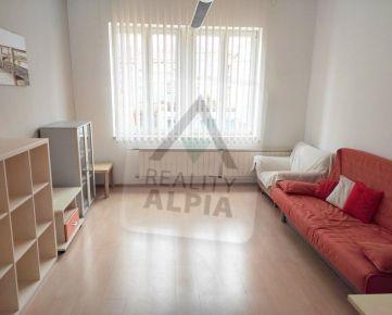 1-izbový byt, /40m2/, Žilina - Centrum