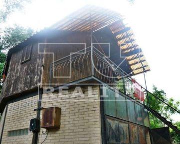 Chata s garážou v Oáza Camp Komoča, 22m2. CENA: 13 900,00 EUR