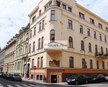 Prenájom 122,5m2 Kancelárie v historickej budove na Sládkovičovej ulici v Starom Meste. Klient neplatí žiadnu províziu RK !