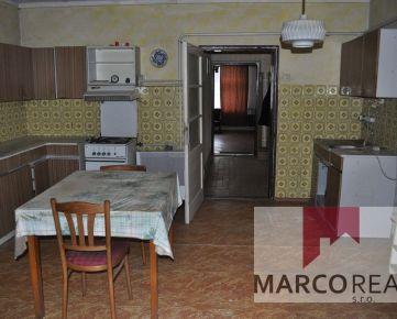 AKTUÁLNY!!! Starší 4-izbový RD v obci Špačince, len 6 km od Trnavy, pozemok 1520 m2, pôvodný stav
