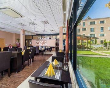 Predaj zavedenej reštaurácie s TERASOU pri BAZÉNE,parkovanie,Petržalka