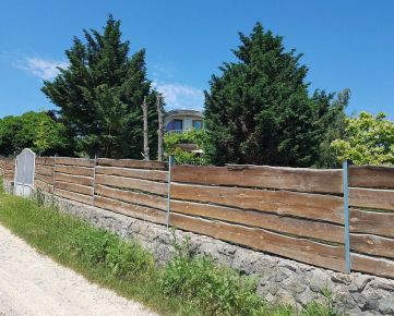 Unikátny RD v Limbachu, nádherné prostredie, 20 ár záhrada