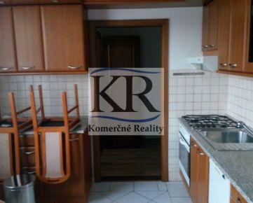 Na prenájom 3,5 izbový byt na Baničovej ulici v Nitre