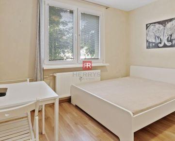 HERRYS - Na predaj zariadený 1 izbový byt po kompletnej rekonštrukcii v tesnej blízkosti Trnavského mýta