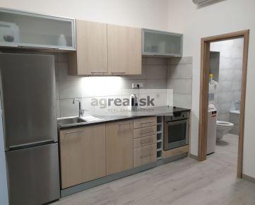 Dvoj-garsónky 40 m² Grosslingova ulica v podkroví. Nová rekonštrukcia, klimatizácia pri podkrovných bytoch.