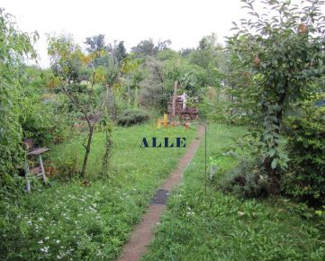 ALLE, s.r.o.: Záhrada s murovanou chatkou v záhradkarskej oblasti Trnava – štrky
