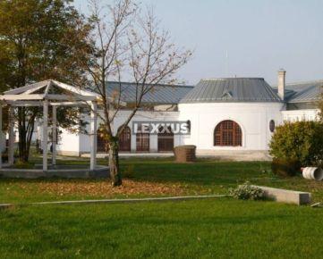 LEXXUS-PREDAJ, zrekonštruované sídlo šľachty, DS